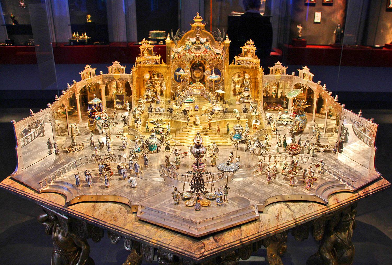Двор Великого Могола